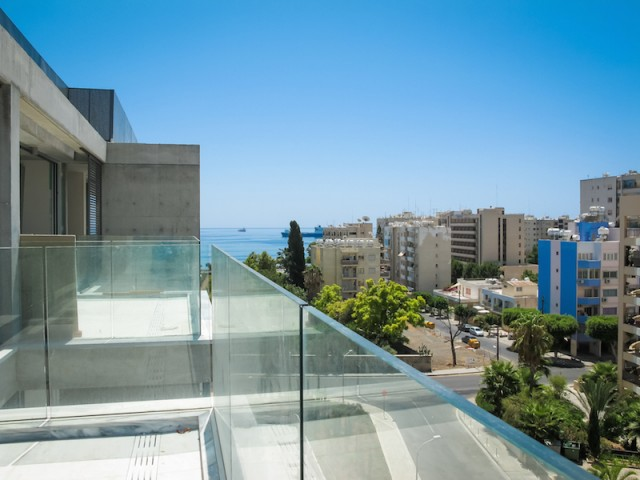 Penthouse with 3 bedrooms in Limassol, Neapolis