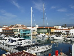 Penthouse with 3 bedrooms in Limassol, Limassol Marina
