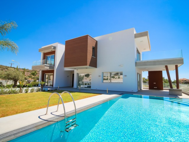 Luxury villa with 6 bedrooms in Limassol, Mouttagiaka