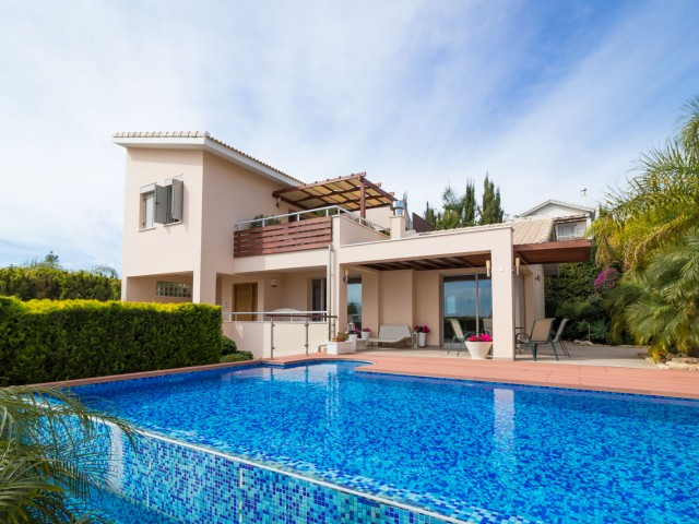 Four bedroom villa in Limassol, Amathusia