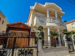 Villa with 3 bedrooms in Limassol, Agios Athanasios