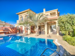 Villa in Limassol with 4 bedrooms, Kalogiri
