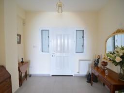 Villa in Paphos with 5 bedrooms, Neo Chorio
