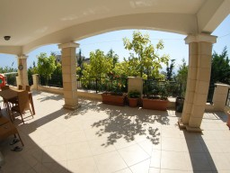 Four bedroom villa in Limassol, Agios Tychonas
