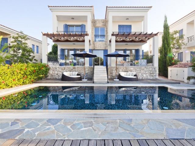 Villa in Paphos with 4 bedrooms, Polis
