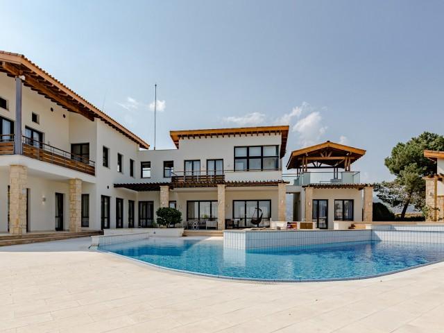 Luxury villa with 6 bedrooms in Limassol, Parekklisia