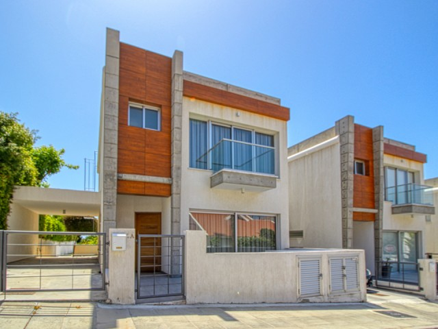 Three bedroom villa in Limassol, Agios Athanasios