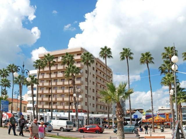 Luxury apartment in Larnaca with 2 bedroom, Phoinikoudes