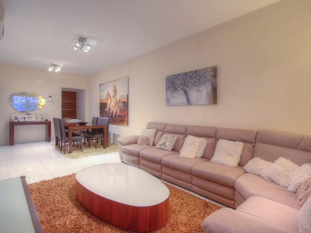 Apartments in Limassol with 3 bedrooms, City Center