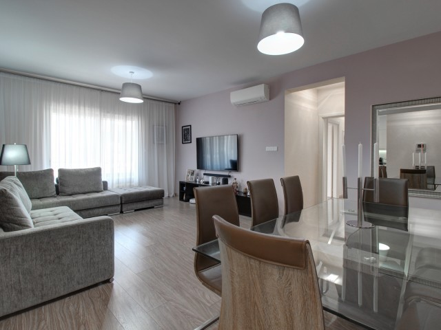 Luxury 3 bedroom apartment in Limassol, City Center