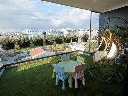Penthouse in Limassol with 4 bedrooms, City Center