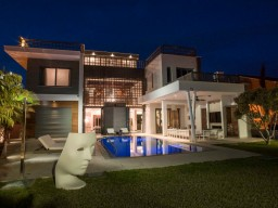 Seven bedroom villa in Limassol, East Beach