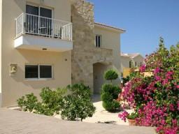Three bedroom villa in Limassol, Pissouri