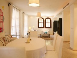 Six bedroom villa in Limassol, East Beach