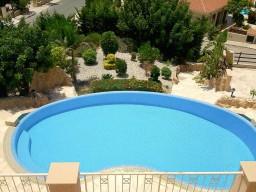 Five bedroom villa in Paphos, Tala
