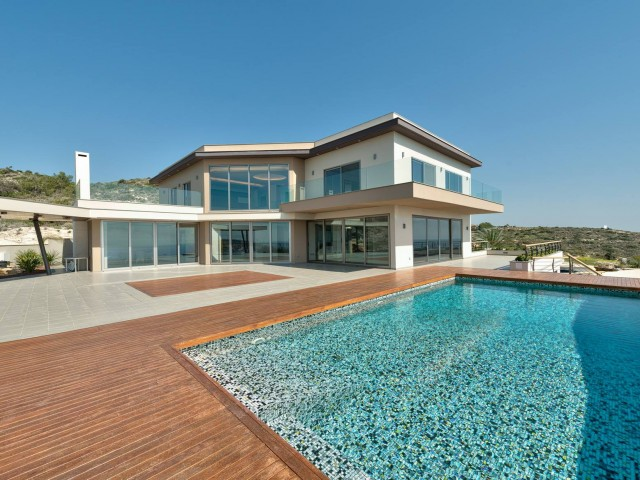 Luxury five bedrooms villa in Limassol, Parekklisia