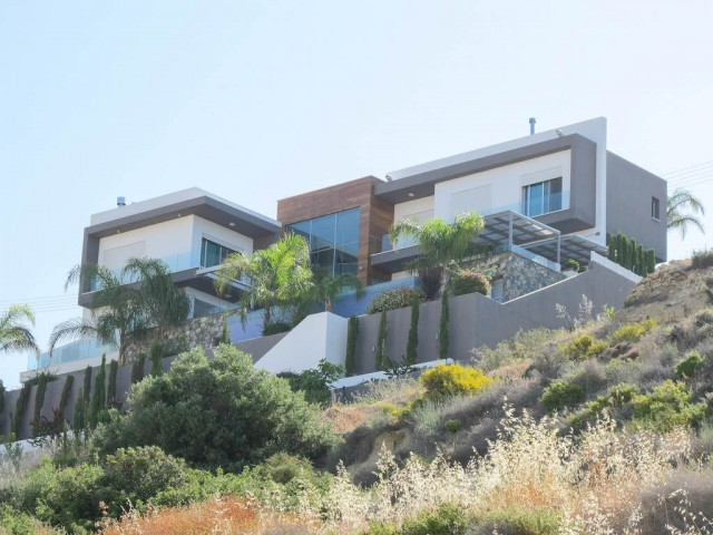 Luxury 5 bedroom villa in Limassol, Agios Athanasios