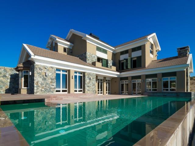 Villa in Limassol 4 bedrooms, Agios Tychonas