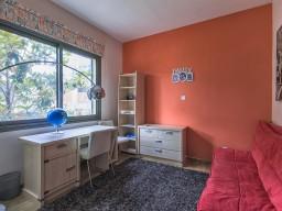 Four bedroom villa in Limassol, East Beach