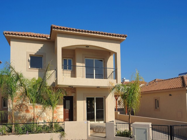 Three bedroom villa in Limassol, Moni