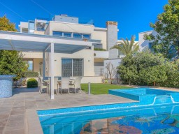 Five bedroom villa in Limassol, Agios Tychonas