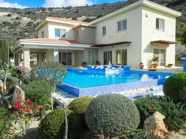 Villa in Limassol with 5 bedrooms, Agios Athanasios
