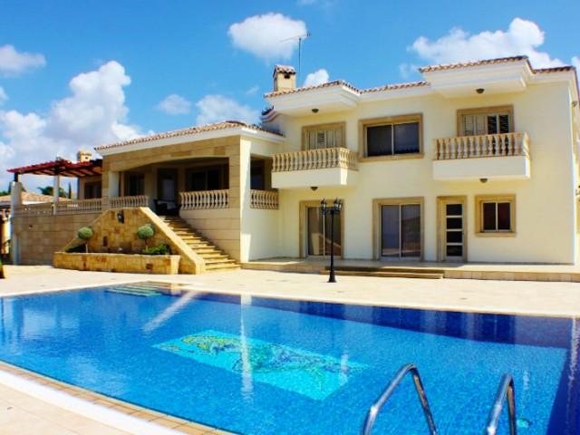 Luxury villa in Paphos with 6 bedrooms, Kouklia