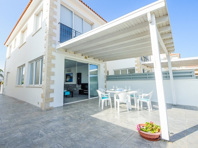 Villa in Ayia Napa with 3 bedrooms, Agia Thekla