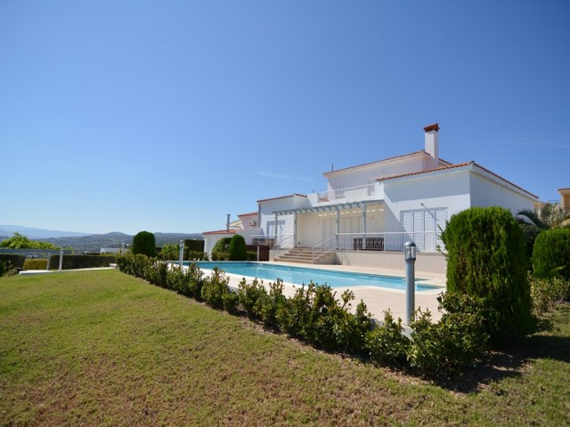 Villa in Paphos with 5 bedrooms, Neo Chorio