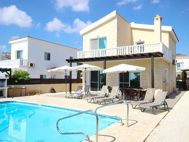 Villa in Paphos with 3 bedrooms, Peiya