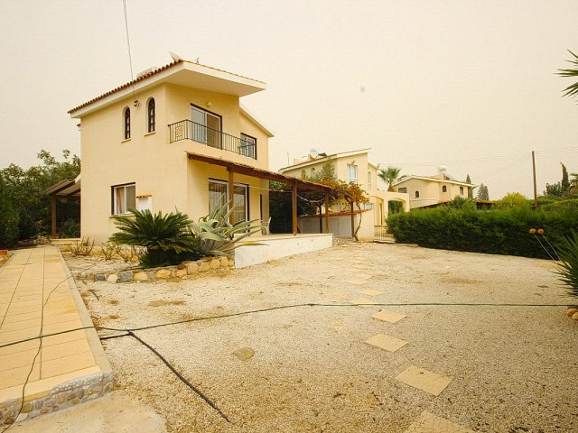 Villa in Paphos with 3 bedrooms, Coral Bay