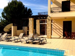 Four bedroom villa in Paphos, Kouklia