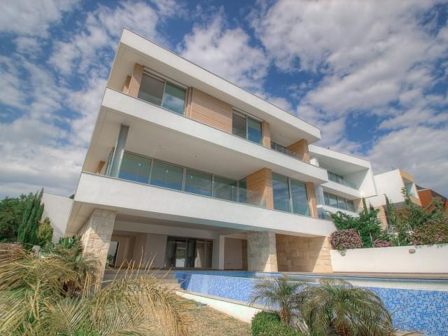 Luxury villa in Limassol with 5 bedroom, Agios Tychonas