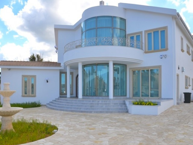 Four bedroom villa in Protaras, Ayia Triada