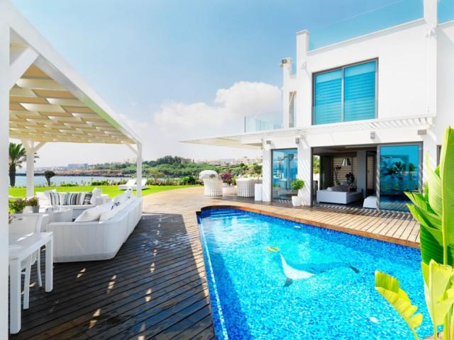 Five bedroom villa in Protaras, Ayia Triada