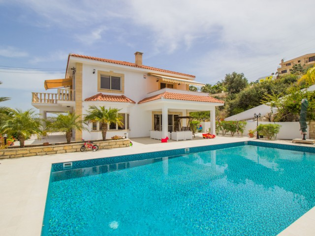 Villa in Limassol with 4 bedroom, Pyrgos