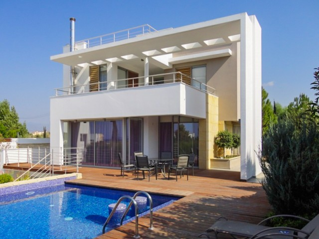 Villa in Paphos with 4 bedrooms, Polis