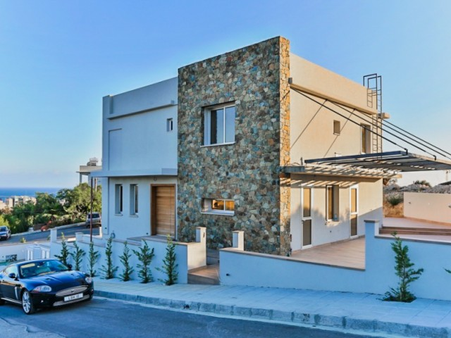 Villa in Limassol with 3 bedrooms, Agios Tychonas