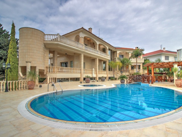 Villa in Limassol with 8 bedrooms, Kalogiri