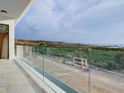 Villa in Paphos with 5 bedrooms, Coral Bay