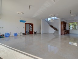 Villa in Limassol with 5 bedrooms, Palodia