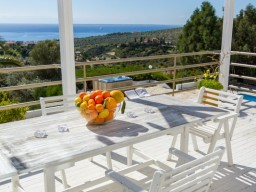 Luxury villa in Limassol with 6 bedrooms, Agios Tychonas
