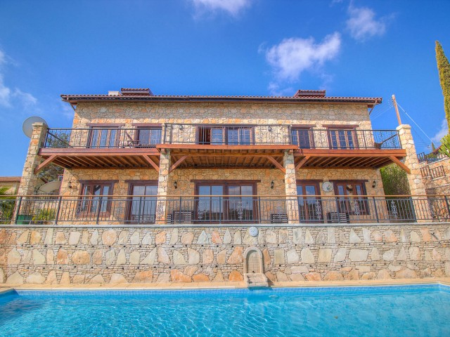 Villa in Limassol with 7 bedrooms, Souni