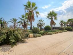 Luxury villa in Limassol with 5 bedrooms, East Beach
