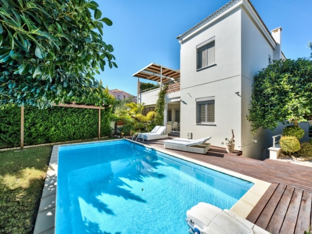 Four bedroom villa in Limassol, Amathusia