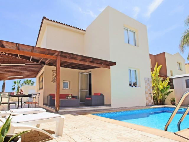 Three bedroom villa in Protaras, Parnera