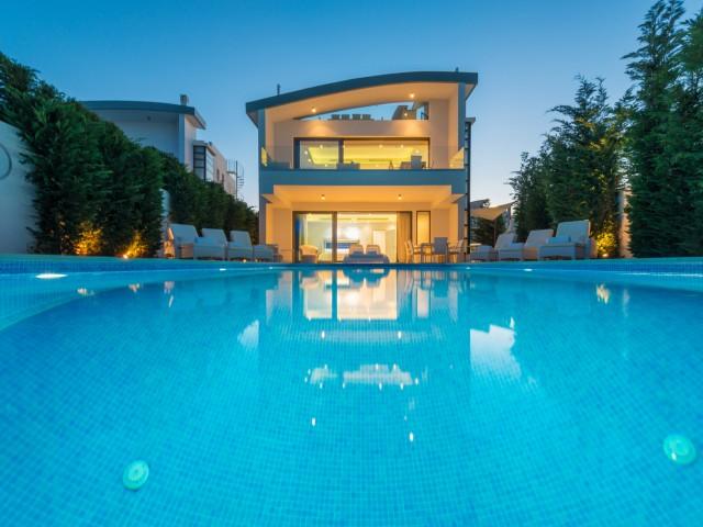 Luxury five bedroom villa in Protaras