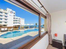 Five bedroom villa in Protaras