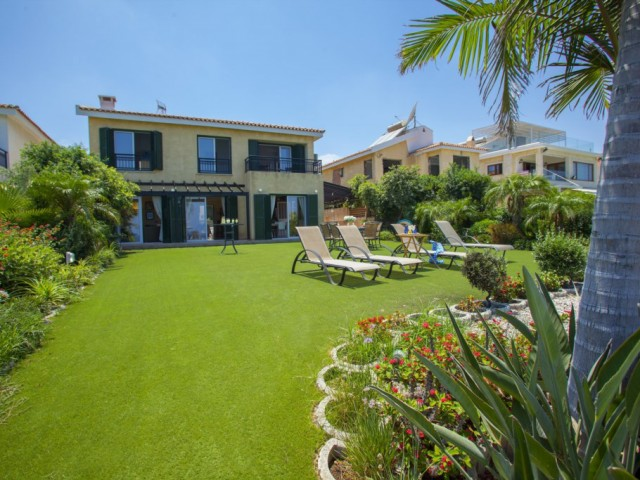 Villa in Protaras with 4 bedrooms, Pernera